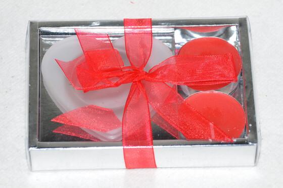 Kerzenhalter aus Glas in Herzform inkl. 2 roten Teelichtern