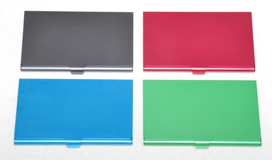 Alu Vistenkartenetui Soft in verschiedenen Farben / für bis zu 12 Visitenkarten