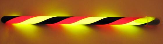 Deutsches Licht / Knicklicht in schwarz-rot-gold / 20cm