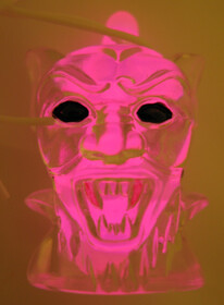 Monster-Light Knicklicht  Dracula pink  inkl. Halsband