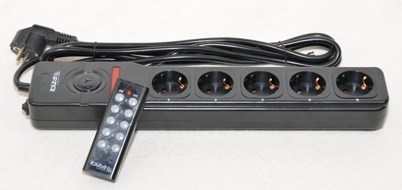 mehrfach steckdosenleiste mit fernbedienung 5 ports einzeln schaltb. Black Bedroom Furniture Sets. Home Design Ideas