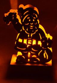 LED Weihnachtslichter aus Holz / Weihnachtmann