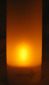 12er Set LED Akku-Teelichter mit Gläsern &...