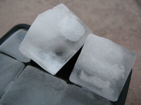 15-fach Silikon Eiswürfelform für 3x3 cm XXL...
