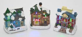 Weihnachtshaus dekoriert mit LED Beleuchtung in...