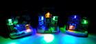 Weihnachtshaus dekoriert mit LED Beleuchtung in verschiedenen Sorten