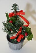 Weihnachtsbaum Tannenbaum 20cm hoch mit Dekoration in vier verschiedenen Farben
