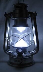 Dimmbare LED-Sturmlampe im Öl-Lampen-Design