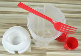 Salat to-go Becher für den Salat unterwegs mit Dressingbehälter & Gabel